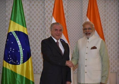 President Temer greets Prime Minister Modi on the 3rd Day of the Bilateral Summit between India and Brazil held in Goa.