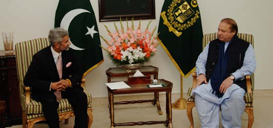 ​Foreign Secretary calls on Prime Minister Muhammad Nawaz Sharif in Islamabad during his visit to Pakistan as part of 'SAARC Yatra'