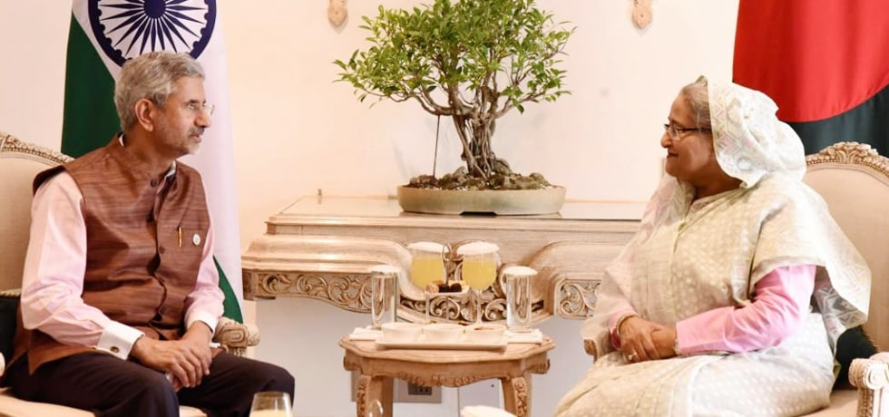 External Affairs Minister calls on Sheikh Hasina, Prime Minister of Bangladesh in New Delhi