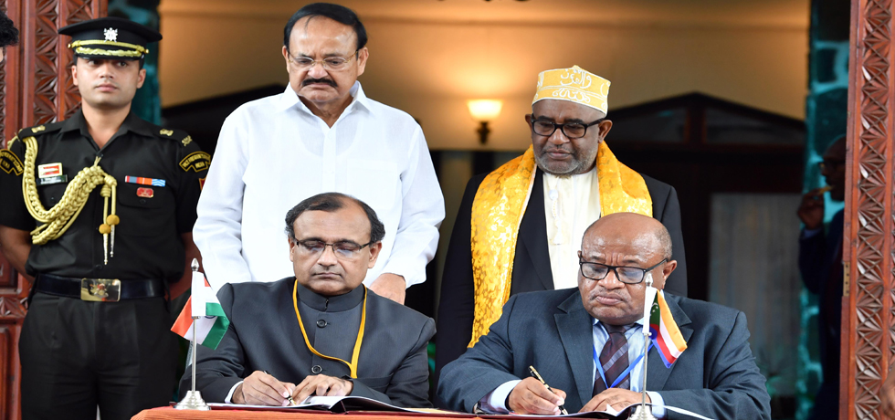 Vice President and President of Comoros witness Signing of Agreements in Moroni