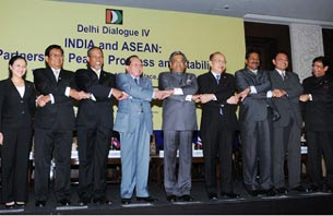 The then External Affairs Minister Shri S M Krishna with his counterparts from ASEAN Nations at the inauguration of Delhi Dialogue IV in New Delhi (13 February 2012)